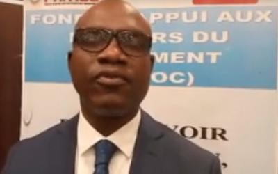 Le Président de la CNDH Mr Aguibou BOUARE à la cérémonie de signature des contrats de performances des bénéficiaires de l'APP 002/2020 et du guichet A