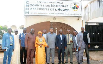 Situation des droits humains au Mali pendant la Transition: Une forte délégation de l'Union Africaine rencontre la CNDH sur  la situation des droits de l'homme et l'inclusivité du processus électoral en vue